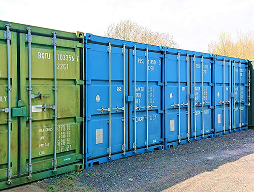 Medium and Large containers have the same size doors its just the length that differs
